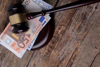 Cantidad mínima de deuda para ir a juicio